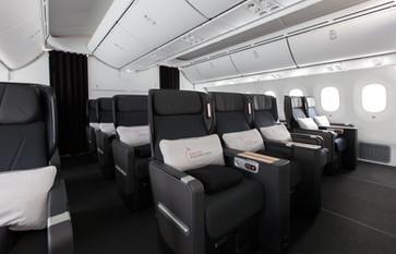 Premium Economy, Qantas Dreamliner