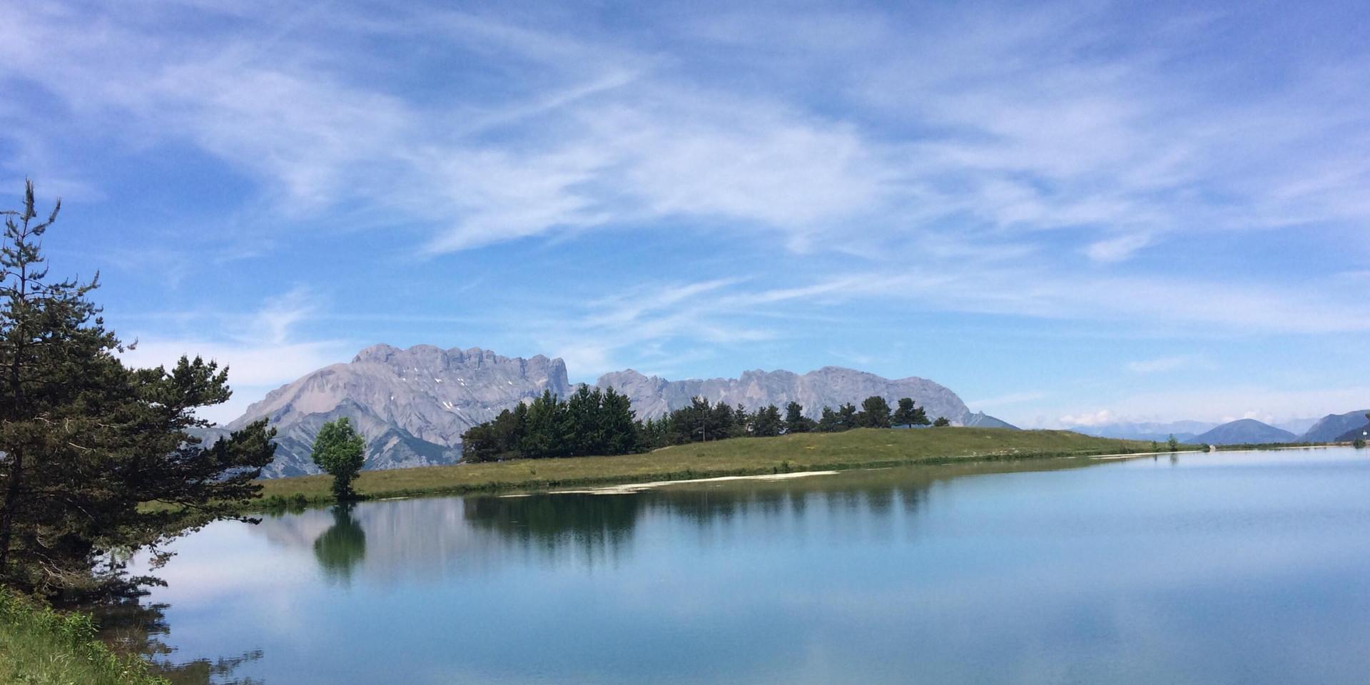 Lac dans le champsaur