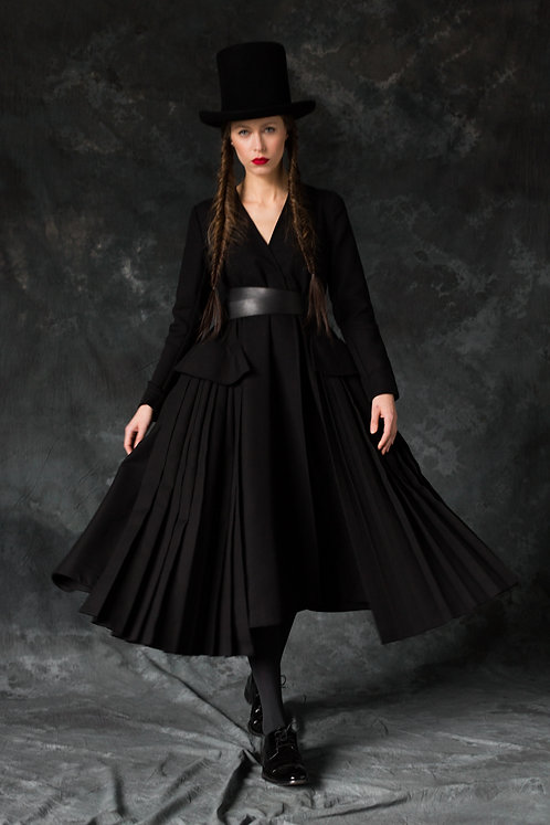 BLACK A SILHOUETTE TRENCH COAT