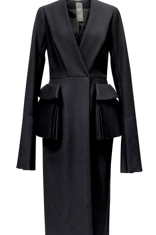 WOOL COAT - WITH TWO POCKETS