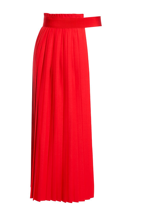 RED PLEATED APRON