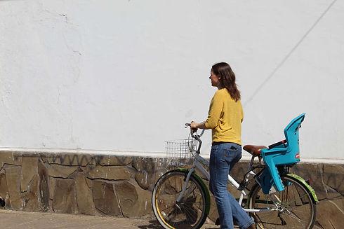 Carolin Wüllner Fahrrad Curicó Chile.JPG