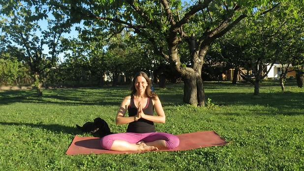 Yoga Live Online Spende Oneworldmama.JPG