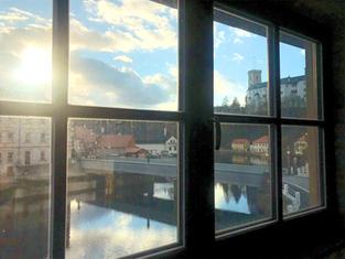 Pohled z okna Apartmány Rožmberk