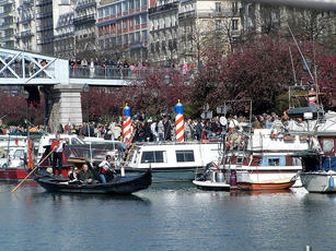 2007 Paris Carnival gondola rides small.