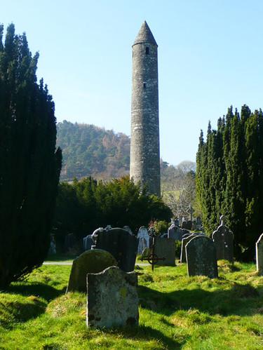 Glendalough-monastery.jpg