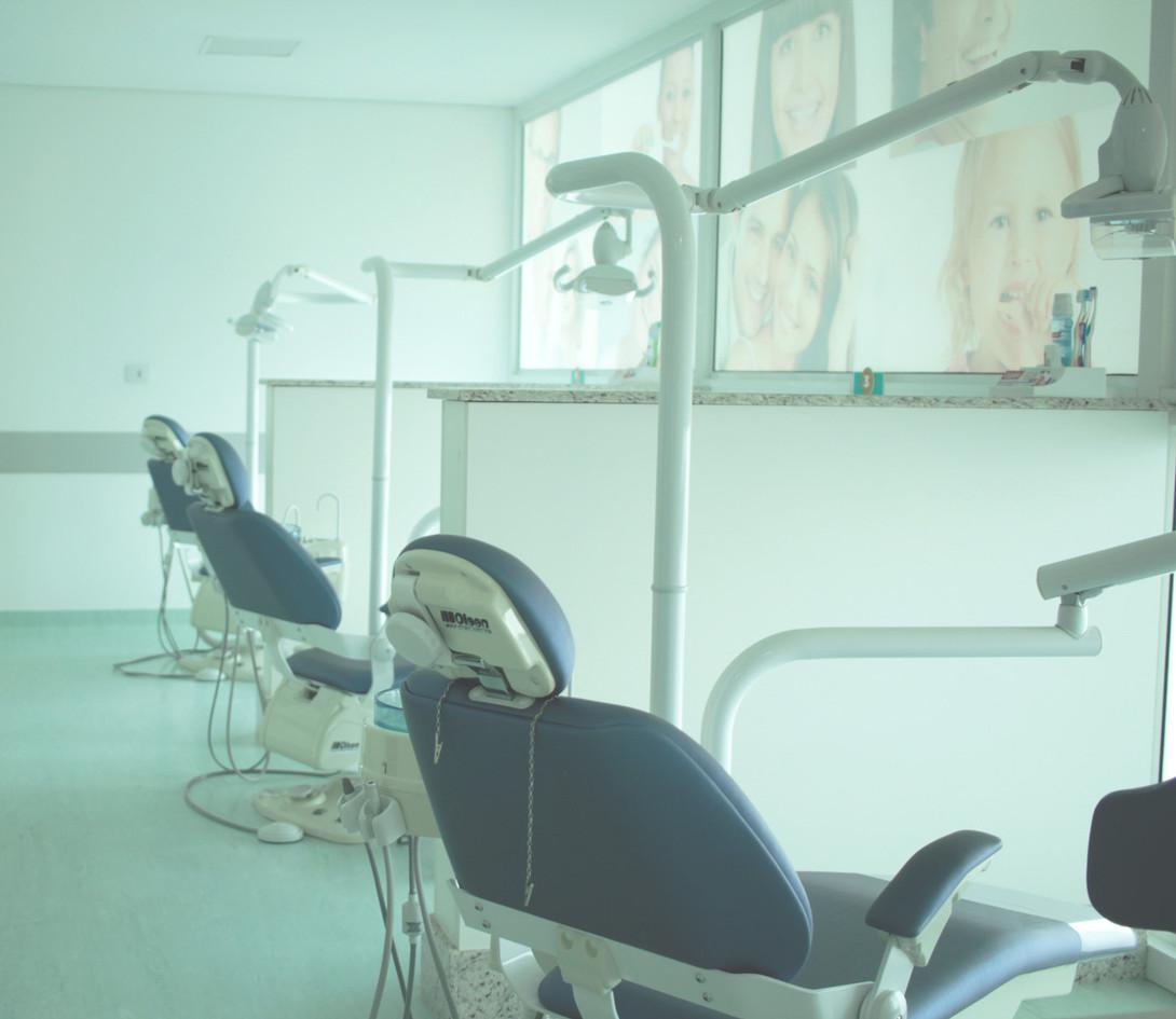Cadeiras Facial Clin.jpg