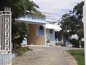 Villa Isabel Entry