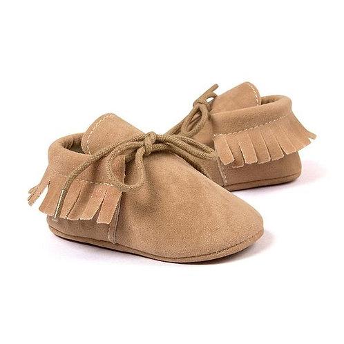 حذاء موكاسين شمواه صناعي بني