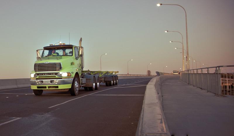 Truck Tauranga Bridge.jpg