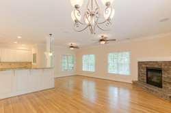 2 Raven Rock Ln Richmond VA-large-014-22-Breakfast AreaFamily Room-1500x1000-72dpi