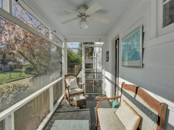 11-Screened-in_Porch(1)