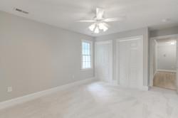 2 Raven Rock Ln Richmond VA-large-028-40-Bedroom-1500x1000-72dpi