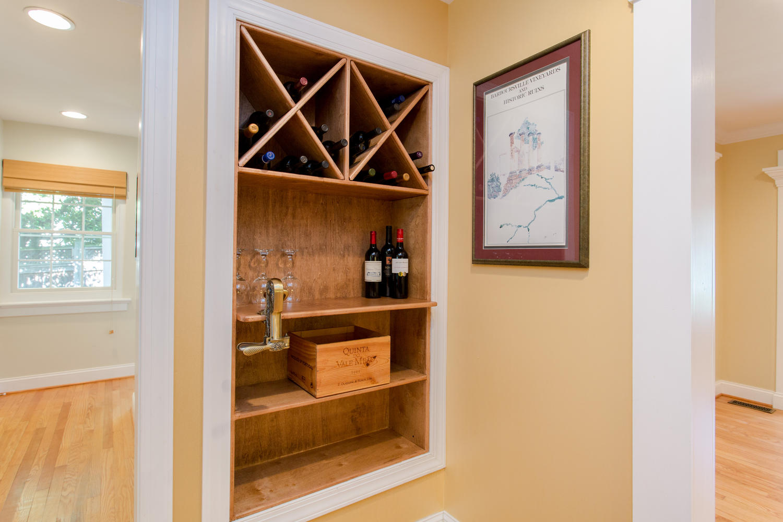 7216 University Dr Richmond VA-large-014-31-Wine Detail-1500x1000-72dpi