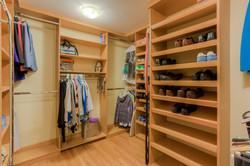 7216 University Dr Richmond VA-large-021-14-Master Closet-1498x1000-72dpi