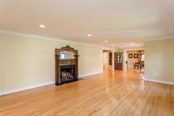 7216 University Dr Richmond VA-large-009-18-Living Room-1500x1000-72dpi