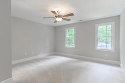 2 Raven Rock Ln Richmond VA-large-033-44-Bedroom-1500x1000-72dpi