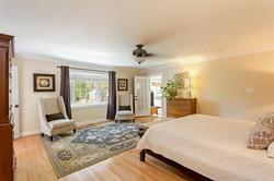 7216 University Dr Richmond VA-large-020-12-Master Bedroom-1500x1000-72dpi