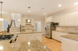 2 Raven Rock Ln Richmond VA-large-022-6-Kitchen-1500x1000-72dpi