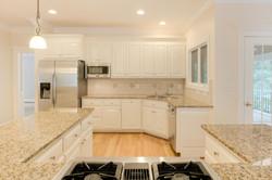 2 Raven Rock Ln Richmond VA-large-019-3-Kitchen-1500x1000-72dpi