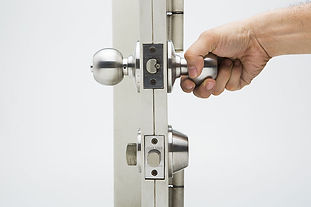 Mobile commercial locksmith that services Queen Creek, Gold Canyon, Gilbert, Mesa, Chandler, Apache Junction, San Tan Valley, Tempe, and the East Valley in Arizona.