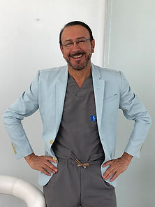 Dr Luis Pavajeau Cirujano Plastico Colom