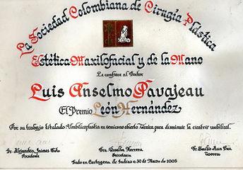 Dr Luis Pavajeau Premio Leon Hernandez 2005