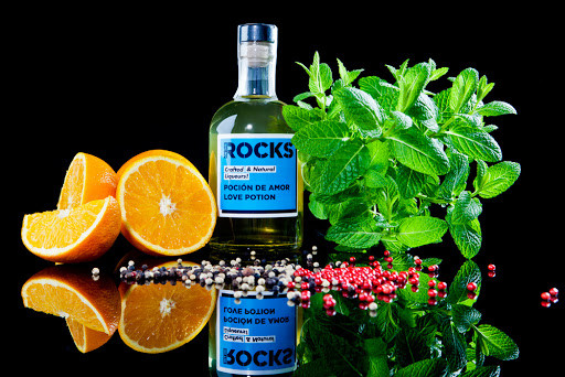 pocion-de-amor-licores-on-the-rocks.jpg