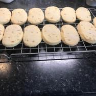 Lemon and ginger shortbread