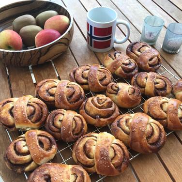 Kanelsnurrer - Cinnamon buns