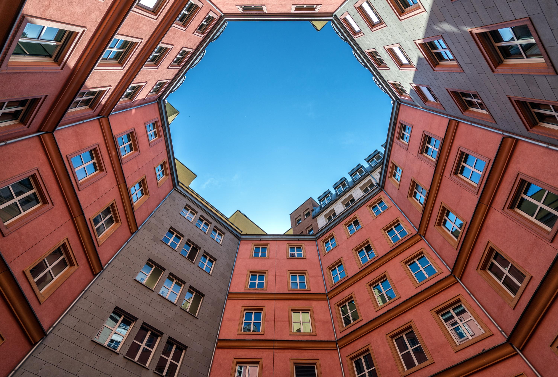 Symmetrical asymmetry