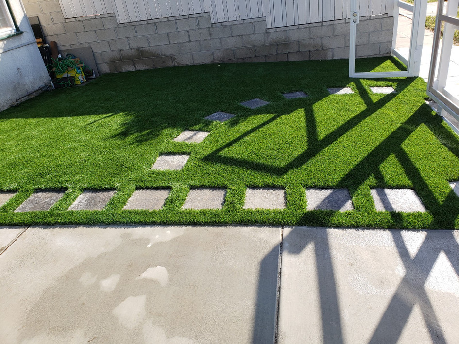 turf and pavers.JPG