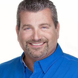 Shawn-O'Brien-SQcrop-Linkedin-9478.jpg