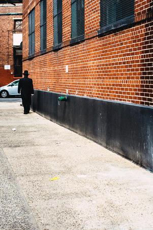 Chassidish man walking