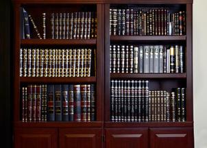 Sefarim shelves v2