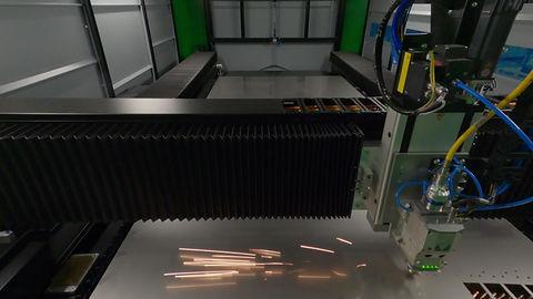 Legújabb PTL 4001 lézervágó berendezésünk