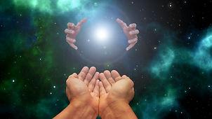 hands-5725562_1920.jpg
