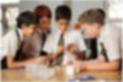 Bagaimana Sekolah Internasional Membuka