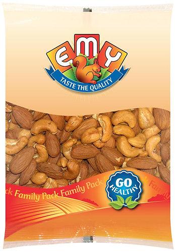 Roasted Almonds and Cashewnuts