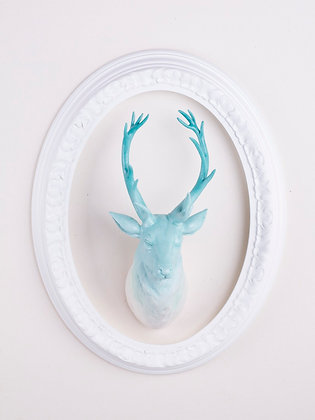 Bust of deer