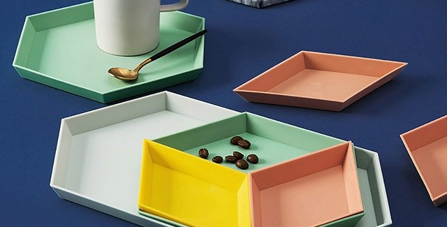 4 Pc. Creative Colorful Geometric Plates