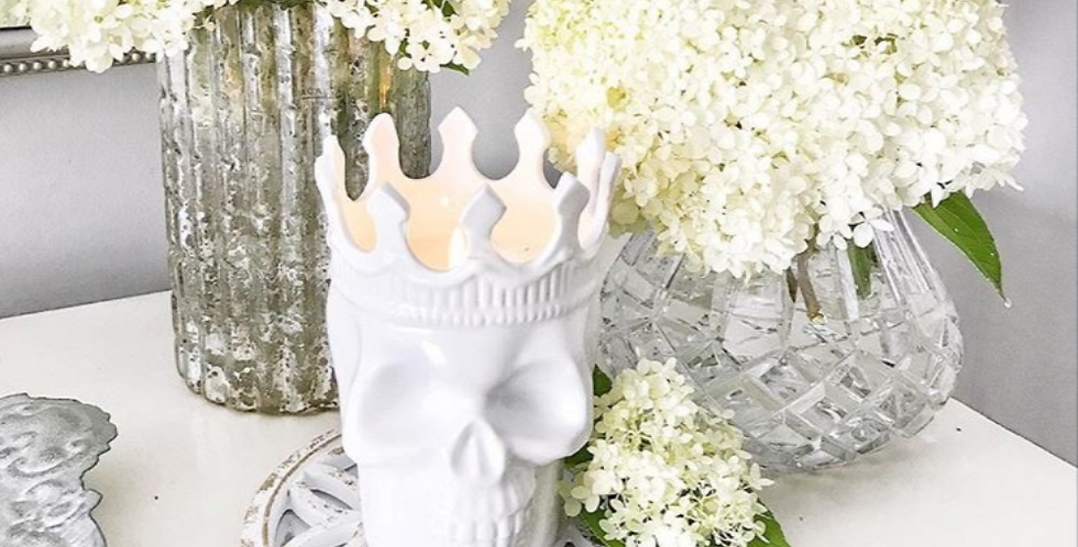 Thompson Ferrier White Louise Skull in Rose de Vents