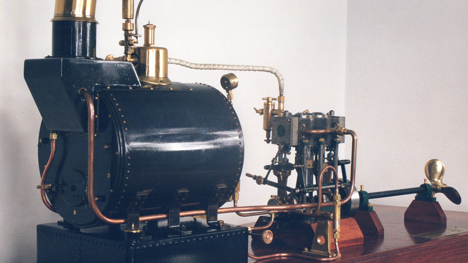 MARITIME COMPOUND STEAM ENGINE WITH YARROW BOILER