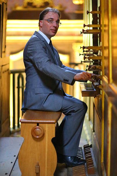 Emmanuel Schublin organiste HD.JPG