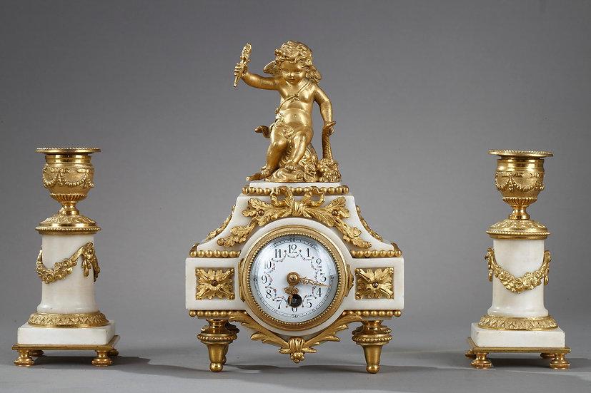 Pequeño adorno de estilo Luis XVI