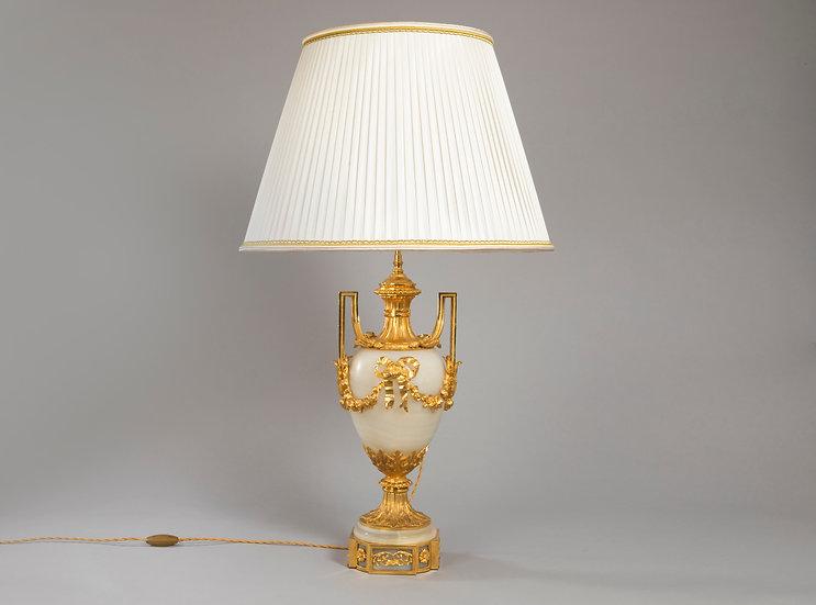 Lampe urne bronze et onyx ,  Abat Jour