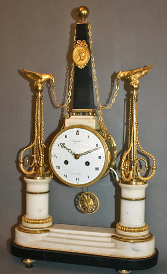 Pendule Louis XVI signée Degré