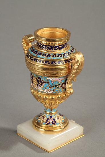 Petit vase bronze cloisonné et onyx