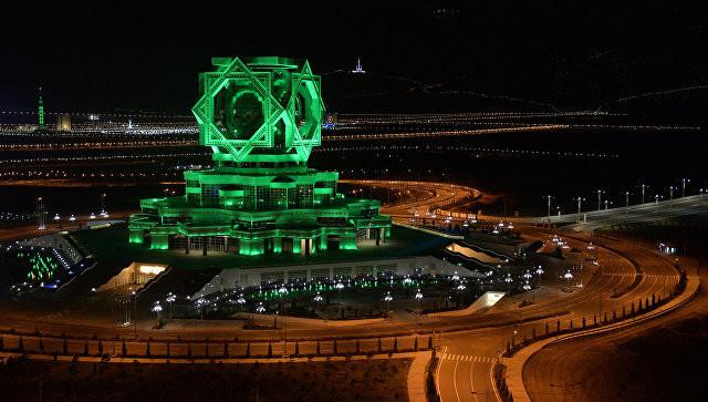 Бердымухамедов требует защитить архитектурные шедевры Туркмении от плагиата