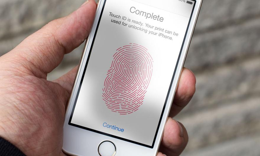 Компания Apple работает над заменой Touch ID с 2013 года